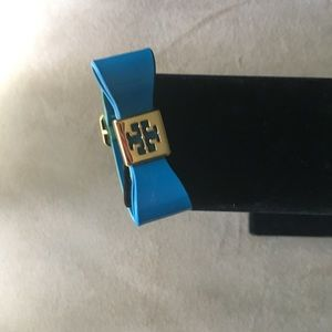 PRE-LOVED AUTHENTIC TORY BURCH LEATHER BRACELET